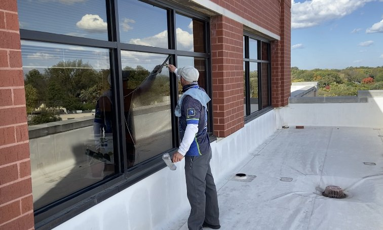 window cleaning services by curb appeal pros in st. louis